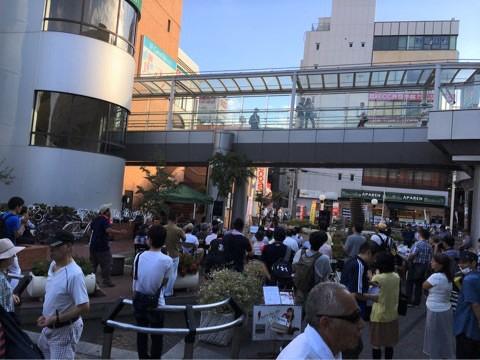 京阪寝屋川市 駅前東側広場